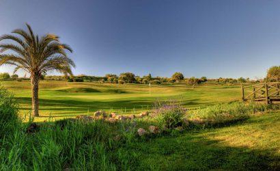 Das Boavista Golf und Spa Resort bietet auch einen schönen Golfplatz, der durch das Resort verläuft