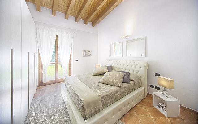 SunnyEscapes_Italien_Monterosi_Golf-Club-Terre-dei-Consoli_Schlafzimmer2_Long-Stay_640x400