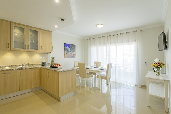 SunnyEscapes_Portugal-Lagos_Boavista-Resort_Bela-Colina_Townhouse_Kueche_Long-Stay