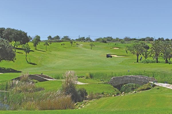 SunnyEscapes_Portugal-Lagos_Boavista-Resort_Golfplatz_Loch-7_Long-Stay