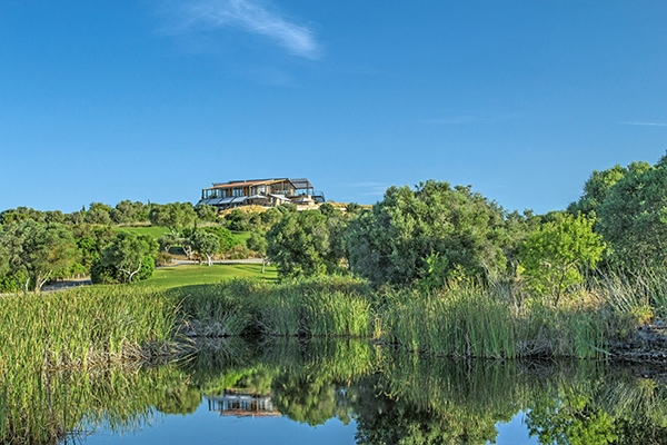 SunnyEscapes_Portugal-Lagos_Espiche-Golf_Clubhaus_Long-Stay
