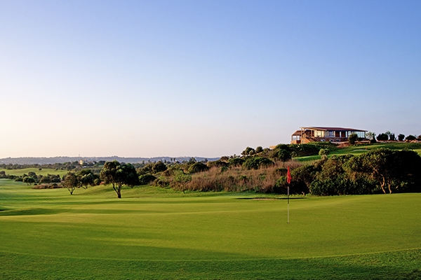 SunnyEscapes_Portugal-Lagos_Espiche-Golf_Fairway-2_Long-Stay