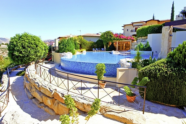 SunnyEscapes_Zypern_Paphos_Aphrodite-Hills-Resort_Apartment_Pool_Long-Stay