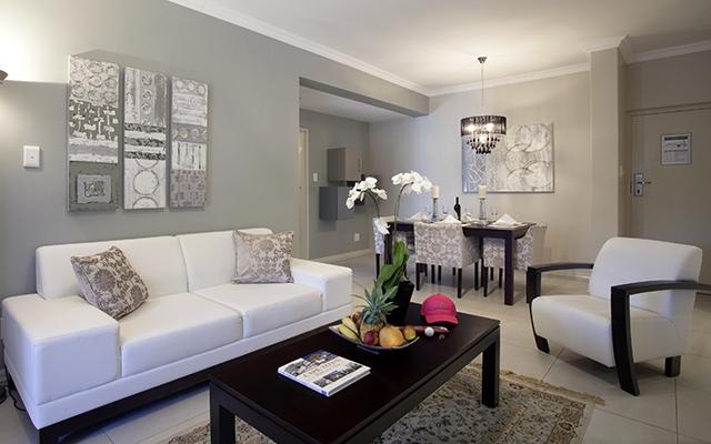 SunnyEscapes_Suedafrika_Stellenbosch_Devonvale_Apartment_Wohnzimmer_Long-Stay