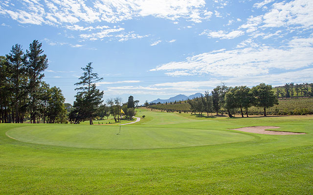 SunnyEscapes_Suedafrika_Stellenbosch_Devonvale_Golf_Long-Stay