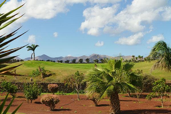 SunnyEscapes_Spanien_Lanzarote_Puerto-del-carmen_Lanzarote-golf1_Long-stay