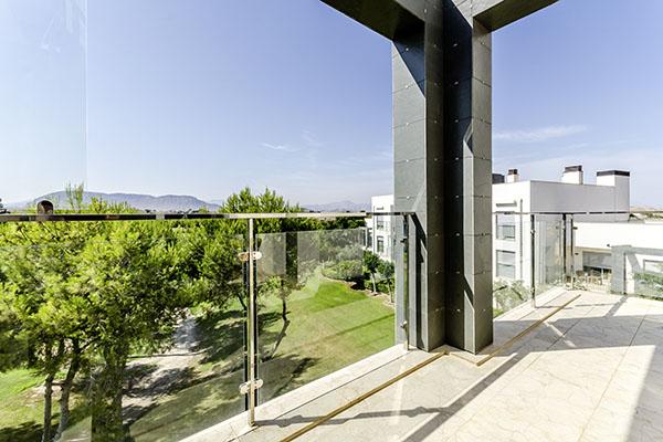 SunnyEscapes_Spanien_Alicante_El-Plantio-Golf-Resort_Apartment_Balkon-2_Long-Stay