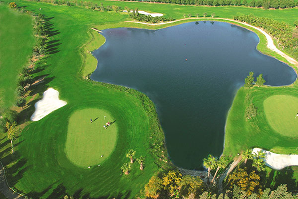 SunnyEscapes_Spanien_Alicante_El-Plantio-Golf-Resort_Golfplatz-von-oben_Long-Stay