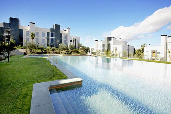 SunnyEscapes_Spanien_Alicante_El-Plantio-Golf-Resort_Pool_Long-Stay