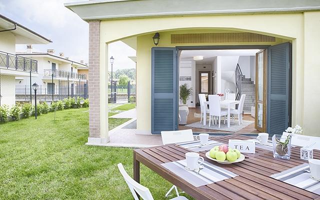 SunnyEscapes_Italien_Monterosi_Golf-Club-Terre-dei-Consoli_Terrasse_Long-Stay_640x400
