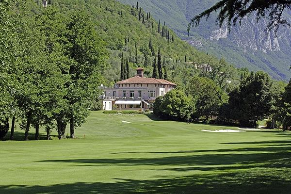 Das Clubhaus von Golf Bogliaco am Gardasee