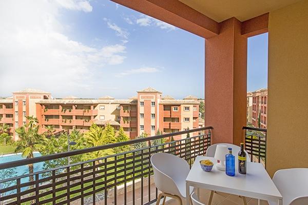 SunnyEscapes_Spanien_Costa-de-la-Luz_ The-Residences-Islantilla-Apartments_Balkon_Long-Stay