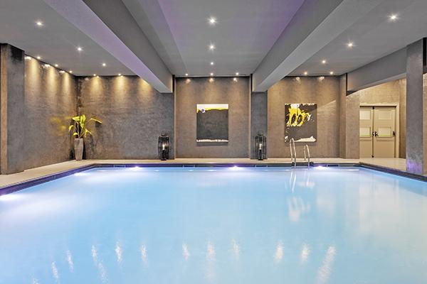 SunnyEscapes_Spanien_Costa-de-la-Luz_-The-Residences-Islantilla-Apartments_Indoor-Pool_Long-Stay