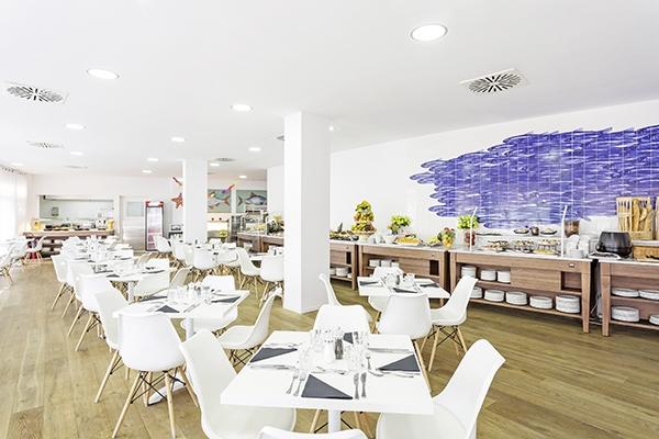 SunnyEscapes_Spanien_Costa-de-la-Luz_The-Residences-Islantilla-Apartments_Restaurant_Long-Stay
