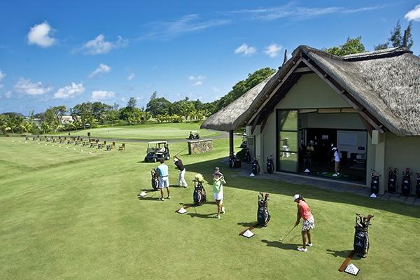 SunnyEscapes_mauritius_anahita_golf_driving-range_long-stay