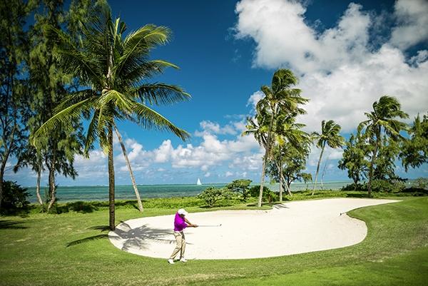 SunnyEscapes_mauritius_anahita_golfplatz_Ile-aux-Cerfs_Golfplatz_Spielbahn-12_long-stay