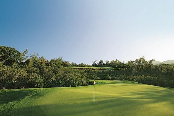 SunnyEscapes_mauritius_anahita_golfplatz_Ile-aux-Cerfs_Golfplatz_long-stay