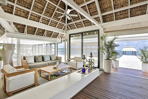 SunnyEscapes_mauritius_anahita_vu-bar_long-stay
