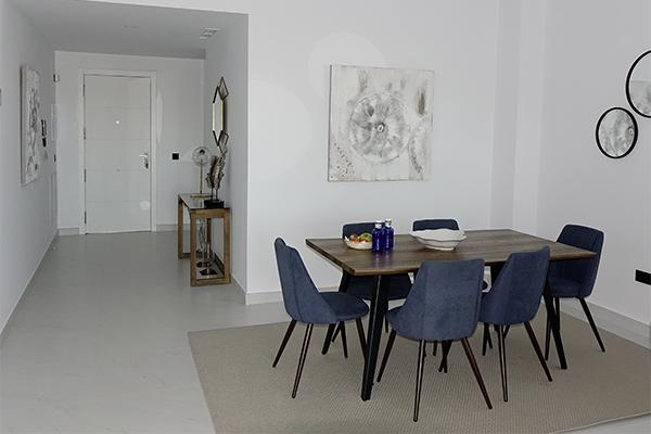 SunnyEscapes_Spanien_Estepona_Mirador-de-Estepona_Apartment_Esstisch_long-stay Kopie