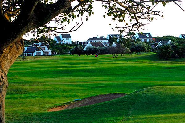 Suedafrika St Francis Bay Golf Club Spielbahn