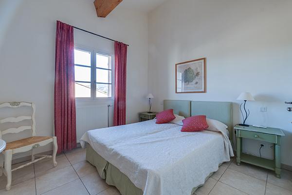 Das Schlafzimmer im Apartment mit zwei Schlafzimmern in Les Domaines de Saint-Endréol