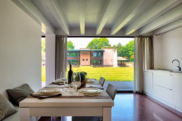 Esszimmer im Apartment des Agriturismo Corte d'Acqua in Abano Terme