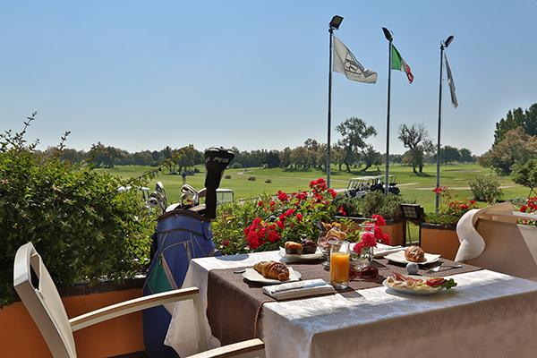 Italien Venetien Albarella Albarella Golf Links Clubhaus